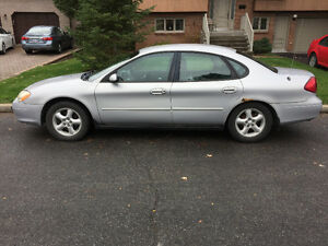2001 Ford Taurus SE - Low Mileage - with Winter Tires West Island Greater Montréal image 2