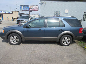 2005 Ford FreeStyle/Taurus X Minivan-AWD