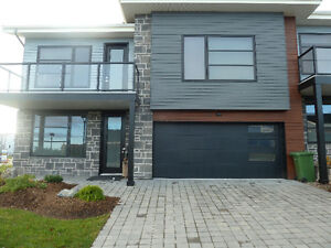 OPEN HOUSE APR 23-2-4 PM----- 6 COPPERMOON CT-BEDFORD