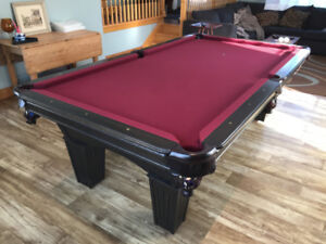 Table de billard - pool table