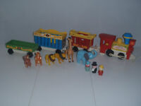 FISHER PRICE vintage 991  train du cirque  little people