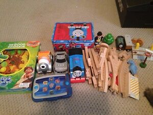 Kids toys( pending pick up)