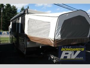 2017 Forest River RV Rockwood Premier 2716G