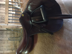 "17""W Philippe Fontaine CC Saddle"