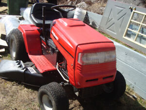 """14.5 HP, 42"""" DECK YRD MACHINE TRACTOR AND TRAILER TO TAKE IT HOM"""