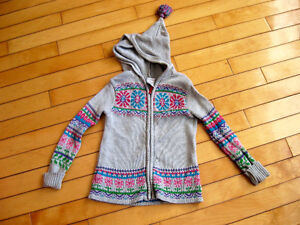 Wonderkids size 3T hooded knit sweater ( adorable)
