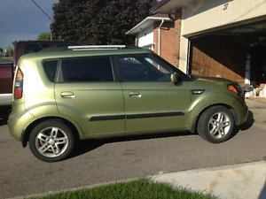 2010 Kia Soul Wagon 2u - Mint Condition