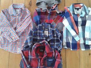 Lot vêtements 2T