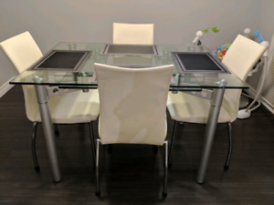 Modern Dinning Set / Kitchen Table and Chairs Set