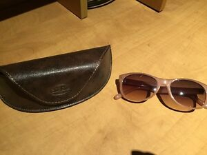 Fossil Sunglasses with leather case
