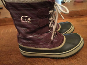 Sorel Winter Boots Women's Size 6 - Nice Condition