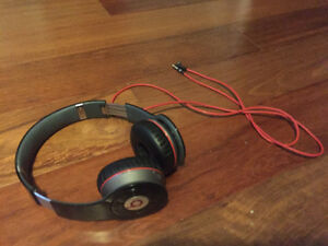 Beats By Dre Headphones Cambridge Kitchener Area image 1