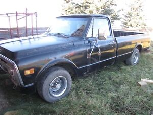 1969 GMC 1/2 Ton. Project waiting to happen.