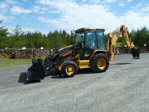 2004 Cat 420D  Backhoe (Super Clean)  (4x4)
