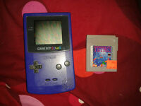 Gameboy color mauve avec tetris !!!