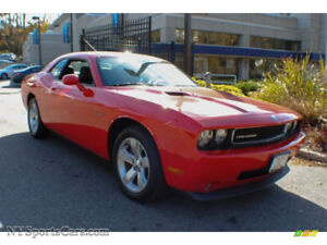 2010 Dodge Challenger SE Coupe (2 door)