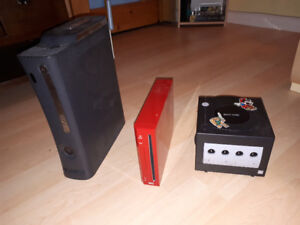 Elite Xbox 360, Red Wii and Gamecube + games and controllers