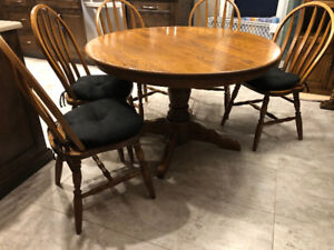 Solid Oak Kitchen Table and Five Solid Oak Chairs