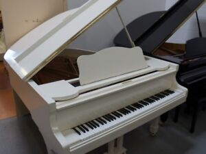 A MUST SEE - Stegler Baby Grand Piano   Made in Korea)