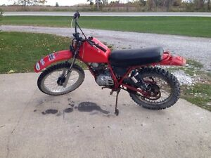 Honda XL185s Dirt bike