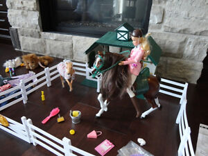 RARE Grand Champions Stable &Horse Family- from Sears in 2001-02 Kitchener / Waterloo Kitchener Area image 3