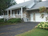 Maison à vendre à Beauharnois à 2 mts de l'aut. 30