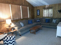 GORGEOUS Cabin Cottage Rental Matlock - 50 minutes from Wpg!
