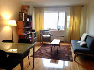 1st MONTH FREE- 3 1/2- 1 bedroom - Downtown-McGill - January 1st