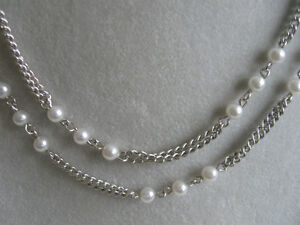 LONG VINTAGE 40-IN. SILVERTONE / FAUX-PEARL CHAIN NECKLACE