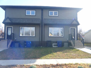 2 4 bed 2 bath units for Rent