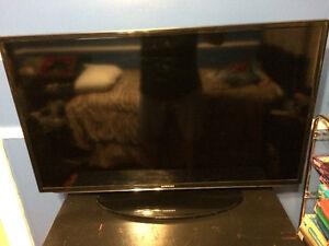 """42"""" Samsung LED smart TV"""