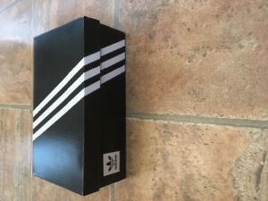 "Brand New Men's ADIDAS ""Match Court"" Size 10""    *Never Worn*"