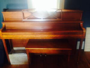 Free Piano and Piano Bench