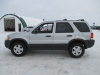 2004 Ford Escape XLT Moonroof Low Kms 4x4