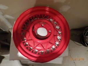 1935 Ford spoked wheel