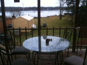 2 bedroom Cottage on St. Marys River near golf course