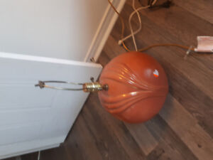 4 lampes a 25$