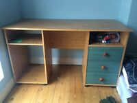 Medium size desk, great for work or gaming