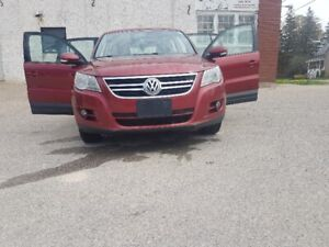 2009 VW Tiguan SUV For Sale