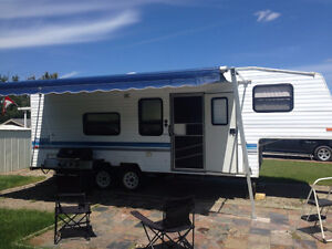 AWESOME SHAPE CLEAN well maintained 5th wheel RV