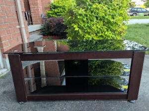 Lightly Used (Very Good Condition) TV Table and Coffee Table