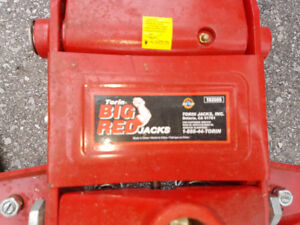Big Red 3 1/2 Ton Quick Lift Hydraulic Jack.  Dual Cylinder Pump
