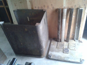Cast iron machine bases / cabinets