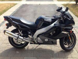 2001 YZF-600R