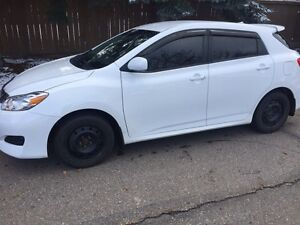 Toyota Matrix-Nice shape