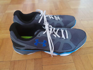 Under Armour running shoes size 11