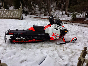 2014 SUMMIT 800 ETEC