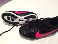 Girls Soccer Shoes Size US 11