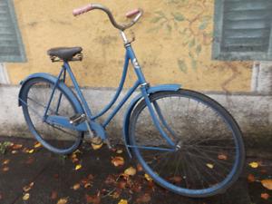 Classic 1937 CCM Ladies Step Thru Coaster Bike(tuned up/leather)