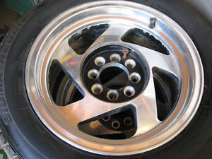 Set of 4 wheels and Tires 205/60/15